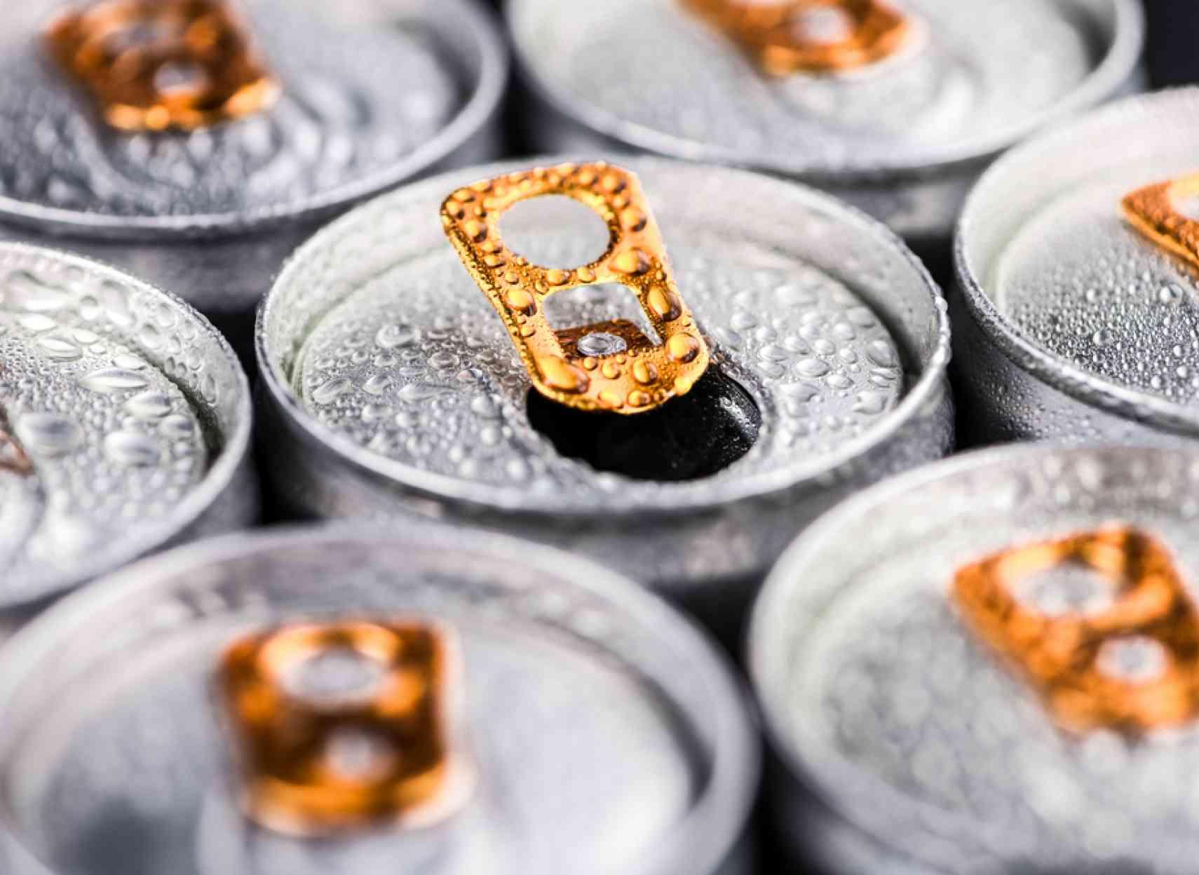 Les dangers de l'alcool et des boissons énergisantes