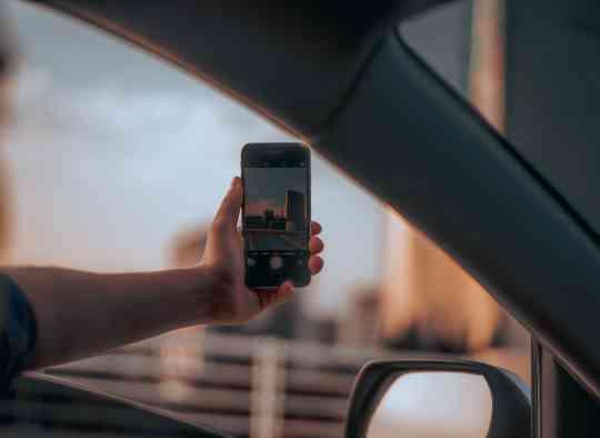 Une nouvelle campagne choc sur l'utilisation du portable au volant vient d'être lancée par laSécurité Routière!