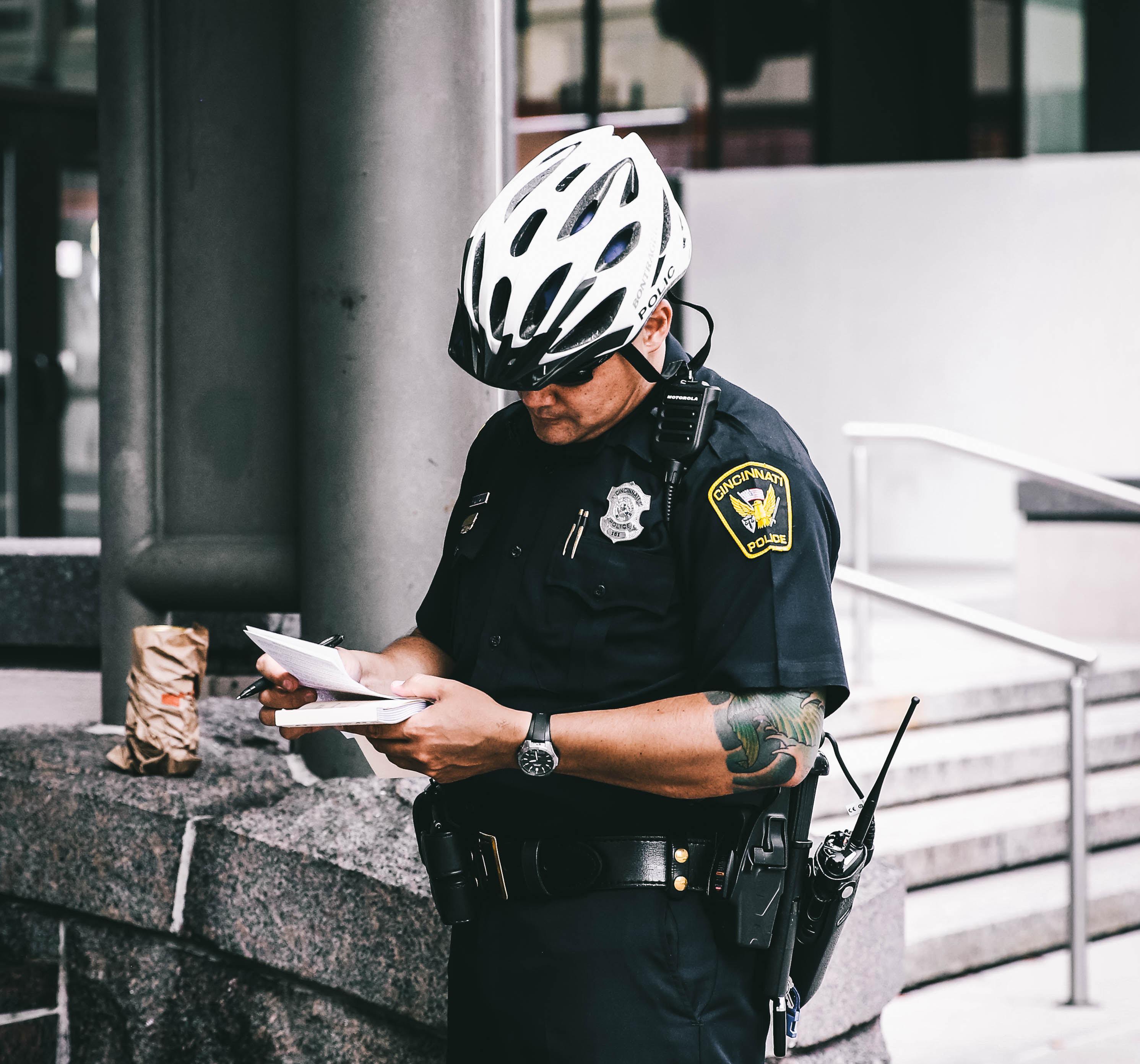 Etats-Unis  - un policier a épargné un contrevenant